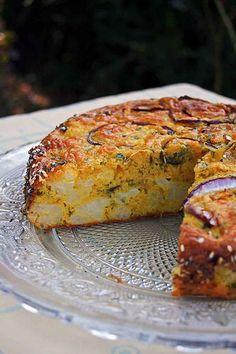 Cauliflower cake the Yotam Ottolenghi - Miranda Gapper Yotam Ottolenghi, Ottolenghi Recipes, Best Dinner Recipes Ever, Brunch Recipes, Snack Recipes, Cooking Recipes, Vegetarian Cooking, Vegetarian Recipes, Chefs