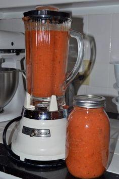 Homemade Tomato Sauce Recipe for Spaghetti, Lasagna & More: Pantry Essential