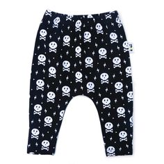 These harem leggings have a super cool drop crotch design, with ultra-skinny cuffs. They are designed to be slouchy and baggy at the crotch, with skinny legs an Drop Crotch, Toddler Shoes, Skinny Legs, Leggings, Stylish, Pants, Harems, Clothes, Skull