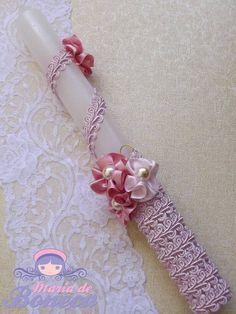 Vela Decorada Batizado_ Rosa Crochet Necklace, Arts And Crafts, Easter, Candles, Personalized Items, Ideas, Handmade Candles, Handmade Necklaces, Baptism Candle