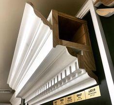 #наличники Moldings And Trim, Crown Molding, Architrave Door, Moderne Lofts, Wood Cornice, Trim Carpentry, Georgian Style Homes, House Trim, Trim Work