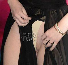MTV EMAs 2013: Iggy Azalea accidentally flashes her vagina!