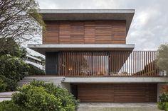 Casa Bravos / Jobim Carlevaro Arquitetos   ArchDaily Brasil