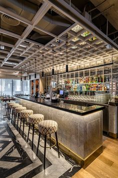 21 Amazing Bar Wall Decor - The design of wall decor should be well matched with the bar concept itself. Mostly the bar concept is designed to make the nuance of intimacy, so people can spend more time there. A… Continue Reading → Cafe Bar, Bar Interior Design, Cafe Design, Luxury Interior, Pub Interior, Modern Interior, Interior Architecture, Bar Lounge, Design Bar Restaurant