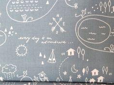 Riley Blake Greatest Abenteuer Landkarte bedruckte Baumwolle in Mint und weiß.  Das Detail in dieser Druck ist atemberaubend, gibt Wigwams, und Seen