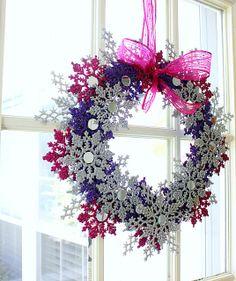 Glitter Snowflake Wreath by hi sugarplum!, via Flickr
