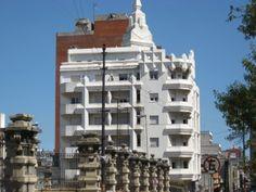 Edificio San Felipe y Santiago (patronos de MVD) - Montevideo - Uruguay