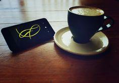"""A R O M A  D I  C A F F É  """"Contempla la lluvia  y deleita una idílica taza del mejor café  #AromaDiCaffé"""". .  #MomentosAroma#SaboresAroma#ExperienciaAroma#Caracas#MejoresMomentos#Amistad#Compartir#Café#CaféVenezolano#PrensaFrancesa #FrenchPress#Coffee  #Espresso #CoffeePic #CoffeeLovers #CoffeeCake #CoffeeTime #CoffeeBreak #CoffeeAddicts #CoffeeHeart #InstaPic#InstaMoments#InstaCoffee#TerceraOla#BaristaLife#Barismo#EnjoyYourLife#ImLovinIt#ILoveCoffee Visítanos en el C.C. Metrocenter pasaje…"""