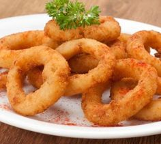 Onion Rings with Basil Recipe. How to prepare Onion Rings with Basil. Soak the sliced onion rings in cold water for abou. Shake And Bake Pork, Homemade Shake And Bake, Honey Garlic Wings, Honey Bbq Chicken Wings, Sonic Onion Rings Recipe, Cooking Tips, Cooking Recipes, Baked Pork Chops, Fast Recipes