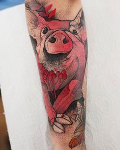 Piggy tattoo by Joanna Świrska (@dzo_lama) 🐷🐽 #flowers #tattoo #wroclaw #pig #piggy #pink