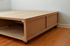 """Receive excellent pointers on """"murphy bed ideas ikea diy"""". They are offered for you on our site. Diy Storage Bed, Bed Frame With Storage, Diy Bed Frame, Bed Frames, Diy Platform Bed Frame, Platform Bed With Drawers, Platform Beds, Murphy-bett Ikea, Diy Bett"""