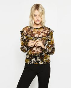 Image 2 of PRINTED BLOUSE WITH FRILL from Zara