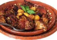 cabrito assado Portuguese Recipes, Spanish Food, Main Meals, Tapas, Slow Cooker, Food And Drink, Menu, Yummy Food, Dishes
