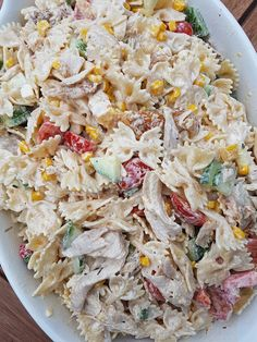 Krämig pastasallad med kyckling | BeEllMini Cheap Meals, Everyday Food, Bon Appetit, Love Food, Main Dishes, Food Porn, Dessert Recipes, Food And Drink, Lunch