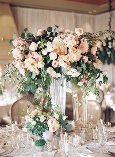 La Tavola Fine Linen Rental: Trouseau Ivory | Photography: Ashley Kelemen, Venue: Resort at Pelican Hill, Planning: LVL Weddings & Events, Floral & Event Design: Inviting Occasions