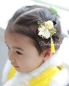 Korean Accessories, Hair Accessories, Modern Hanbok, Korean Traditional, Pearl Hair, Hairpin, Ribbon Bows, Hair Jewelry, Hair Bows