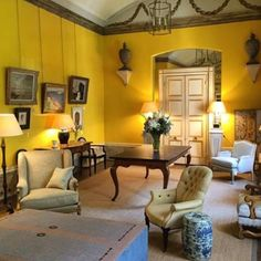 The Yellow Room, Colefax & Fowler