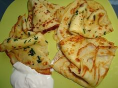 Thin pancakes with potatoes - My favorite recipes Vegetarian Recipes, Snack Recipes, Cooking Recipes, My Favorite Food, Favorite Recipes, Good Food, Yummy Food, Delicious Dishes, Potato Pancakes