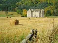 Weem Castle in Scotland, home of the Menzies (Mintjes) clan