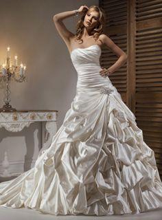 Sleeveless Satin Dress http://weddingideasbyyou.com/2014/03/05/sleeveless-satin-dress/ Follow Us on Pinterest --> http://www.pinterest.com/weddingideasbyu/