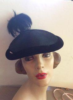 Vintage 1940s Hat Black Fabric Velvet Feathers by TimelessTreasuresVCB on Etsy