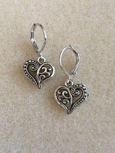 A set of sweet heart earings for #ValentinesDay #giftidea #lbloggers #cbloggers #fungiftidea