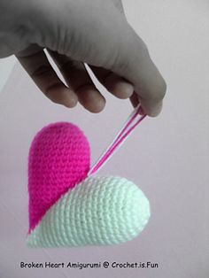 broken heart amigurumi, so easy to make, give it a try~!