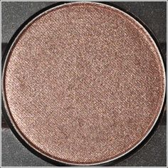 MUST HAVE MAC SHADOW: Sable It is beautiful for your everyday neutral eye!
