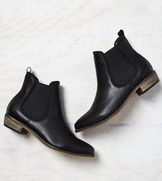 Black AEO Chelsea Bootie... Just saying I want these REALLY BAD! And they're on sale atm!!!