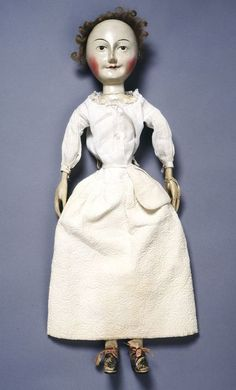 Victoria and Albert Museum - Lady Clapham in her under-petticoat, with pocket tied around her waist, England, 1690s