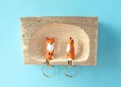 Füchse im Fuchsbau Schlüsselbrett und von AntjeSchnitzt auf Etsy
