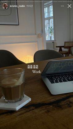 School Motivation, Study Motivation, Cute Bedroom Decor, Uni Life, Study Inspiration, Student Life, Interior Exterior, Insta Story, Aesthetic Pictures