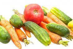 Tu je 12 najlepších potravín, ktoré spĺňajú uvedené kritériá: 1. Cibuľa Cibuľa je obľúbená zelenina, ktorá sa pridáva do jedál na ich ochutenie. V100 gramoch obsahuje len 40 kalórií. Je však extrémne bohatá na mnohé prospešné látky, zvlášť na bioflavonoidy. 2. Uhorky Uhorky sú tvorené