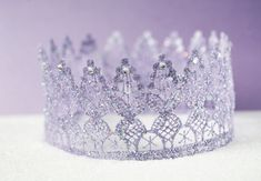 Royal Crown • Free tutorial with pictures on how to make a tiara / crown in under 35 minutes