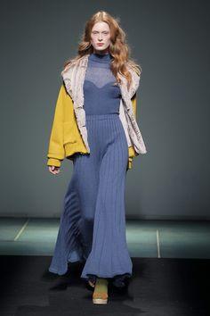 http://www.itfashion.com/en/fashion/collections-en-fashion/080-barcelona-juan-iu-mes-x-punto-blanco/