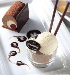 60 Smart and Creative Food Presentation Ideas - Patisserie - Dessert Fancy Desserts, Delicious Desserts, Yummy Food, Healthy Desserts, Yummy Yummy, Gourmet Recipes, Dessert Recipes, Sushi Recipes, Gourmet Foods