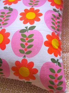 sundour pippin vintage fabric
