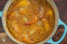 Quick Peach Cobbler Baked Oats - Baked Oats, Baked Oatmeal, Quick Peach Cobbler, Cooking Recipes, Healthy Recipes, Meal Prep Containers, Vegan Butter, Gluten Free Baking, Summer Desserts