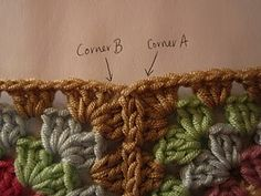 How to add a border onto assembled granny squares that will lie flat from the get-go (a better way to crochet over the join area between squares): Crinkle Free Granny Square Borders Crochet Diy, Crochet Motifs, Crochet Borders, Crochet Squares, Love Crochet, Crochet Crafts, Crochet Stitches, Crochet Projects, Crochet Patterns
