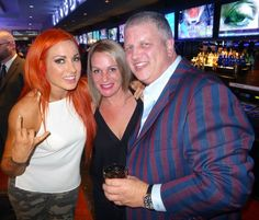 WWE Smackdown star, Becky Lynch, with D Casino Hotel Las Vegas Owner, Derek Stevens and wife, Nicole at world famous LONGBAR