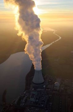 CLEANEST way of making the most power ... Nuclear Power Plant , - the smoke is water ...