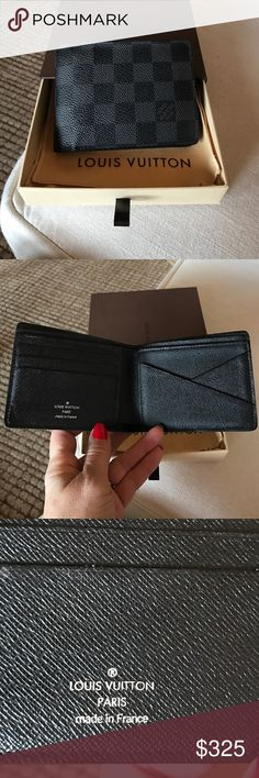 """Authentic Men's Louis Vuitton Wallet Authentic Men's Louis Vuitton Multiple Wallet -N62663. Damien Graphite canvas, 3 credit card slots on one side, two slots for bank notes, two side slots for receipts. This comes with dust bag and box. Currently sells on website for $490. 4.7""""x3.5"""". No TRADES!. This was purchased at the LV store inside Nordstrom's on Michigan Ave in Chicago.  Excellent preowned condition! Louis Vuitton Bags Wallets"""