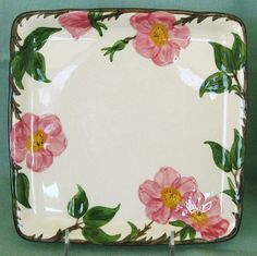 I need this to complete my mother's collection (now mine)! Vintage Tableware, Vintage Dishes, Vintage Kitchen, Desert Rose Dishes, Classic Dinnerware, Franciscan Ware, Vintage Garden Parties, Vintage Decor, Vintage Stuff
