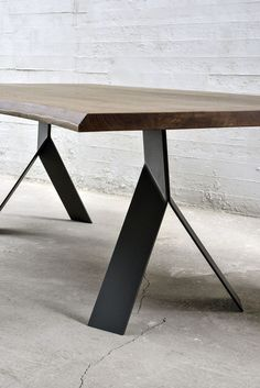 Here are the And Unique Industrial Table Design Ideas. This article about And Unique Industrial Table Design Ideas was posted … Steel Furniture, Furniture Legs, Table Furniture, Cool Furniture, Modern Furniture, Furniture Design, Bedroom Furniture, Repurposed Furniture, Furniture Stores