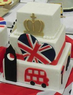 London cake for birthday! British Party, British Cake, London Party, London Cake, Themed Wedding Cakes, Themed Cakes, Queen 90th Birthday, Birthday Cake, Fondant Cakes