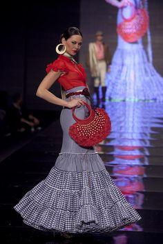 Wappíssima - Simof 2010 - Cristo Báñez - Colección 'Ahora' Flamenco Costume, Flamenco Skirt, Flamenco Dancers, Flamenco Dresses, Ankara Skirt, Dress Skirt, Retro Fashion, Boho Fashion, Womens Fashion