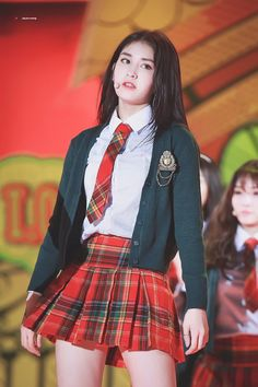 Pin Image by gatoloco Art School Uniform Outfits, Stage Outfits, Kpop Outfits, Girl Outfits, Fashion Outfits, Jeon Somi, Cute Skirts, Mini Skirts, Korean Girl