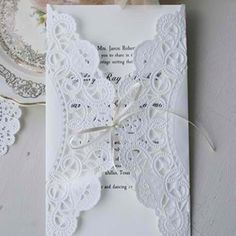 Doilies DIY invites for any occasion