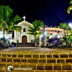 From @endruaguilar: #Park #SanPedroLaLaguna #Lake #Atitlan #Guatemala #ILoveAtitlan #AmoAtitlan #Travel http://OkAtitlan.com