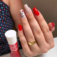 Clique na Foto e Receba + de 200 Ideias Internacionais de Unhas Pintadas. Chic Nails, Trendy Nails, Nails Now, Gel Nails, Cute Acrylic Nails, Acrylic Nail Designs, Long Square Nails, Nailart, Manicure E Pedicure